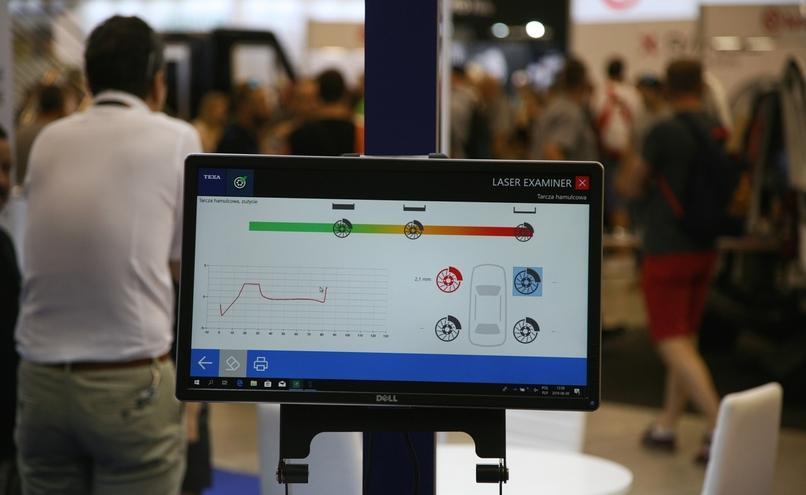 carousel-image-68-http://cms.autoexpert.pl/media/cache/hitbox/media/galerie/profi_auto_show2019/ekr-img_9650.jpg