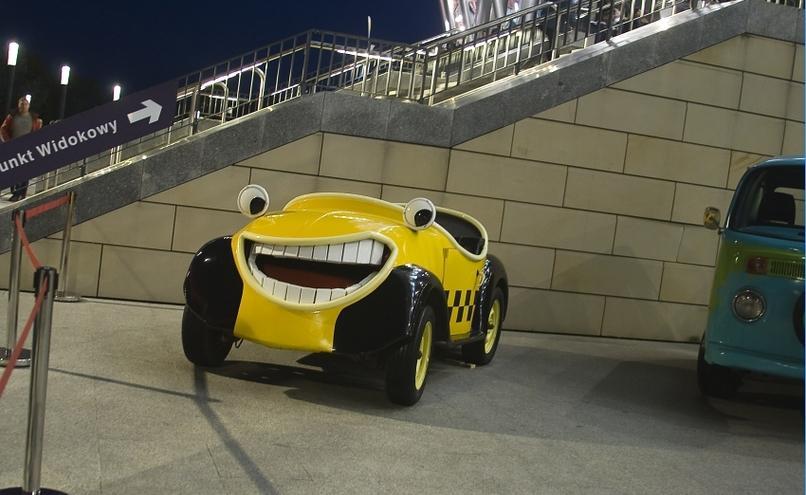 carousel-image-21-http://cms.autoexpert.pl/media/cache/hitbox/media/galerie/top_gear_live2013verva_street_racing/top_gear_live_orlen_verva_warszawa_2013_0008_850pix.jpg
