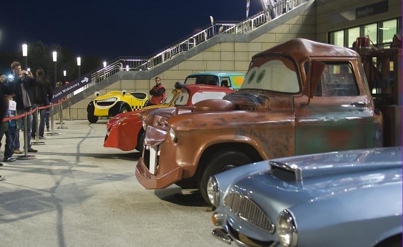 carousel-image-22-http://cms.autoexpert.pl/media/cache/hitbox/media/galerie/top_gear_live2013verva_street_racing/top_gear_live_orlen_verva_warszawa_2013_0009_850pix.jpg