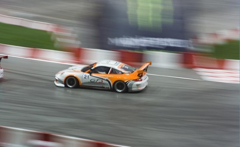 carousel-image-35-http://cms.autoexpert.pl/media/cache/hitbox/media/galerie/top_gear_live2013verva_street_racing/top_gear_live_orlen_verva_warszawa_2013_0030_850pix.jpg