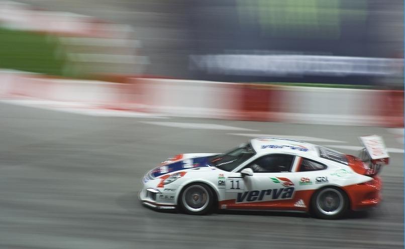 carousel-image-36-http://cms.autoexpert.pl/media/cache/hitbox/media/galerie/top_gear_live2013verva_street_racing/top_gear_live_orlen_verva_warszawa_2013_0031_850pix.jpg