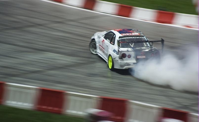 carousel-image-39-http://cms.autoexpert.pl/media/cache/hitbox/media/galerie/top_gear_live2013verva_street_racing/top_gear_live_orlen_verva_warszawa_2013_0037_850pix.jpg