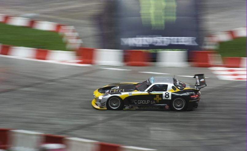 carousel-image-43-http://cms.autoexpert.pl/media/cache/hitbox/media/galerie/top_gear_live2013verva_street_racing/top_gear_live_orlen_verva_warszawa_2013_0041_850pix.jpg