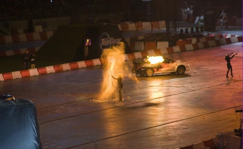 carousel-image-59-http://cms.autoexpert.pl/media/cache/hitbox/media/galerie/top_gear_live2013verva_street_racing/top_gear_live_orlen_verva_warszawa_2013_0063_850pix.jpg