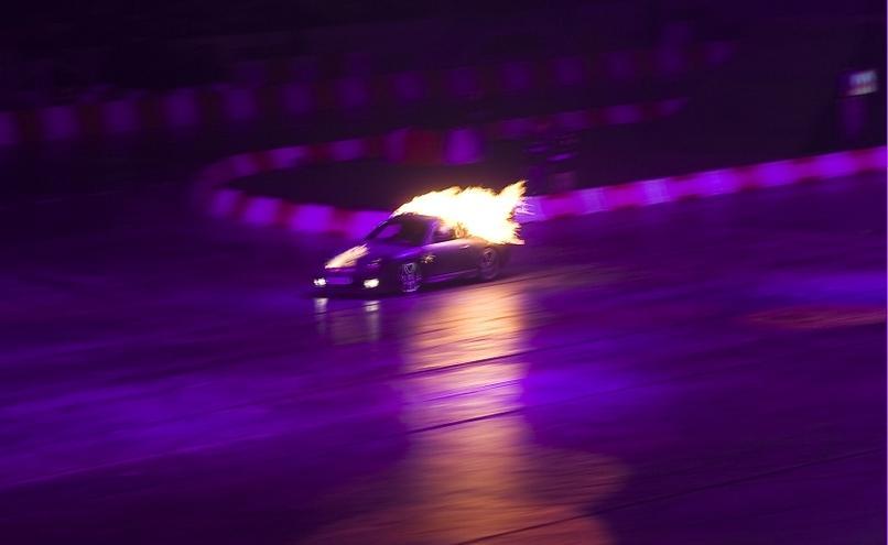 carousel-image-67-http://cms.autoexpert.pl/media/cache/hitbox/media/galerie/top_gear_live2013verva_street_racing/top_gear_live_orlen_verva_warszawa_2013_0080_850pix.jpg
