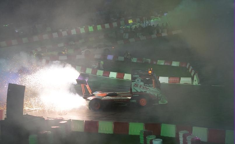 carousel-image-7-http://cms.autoexpert.pl/media/cache/hitbox/media/galerie/top_gear_live2013verva_street_racing/top_gear_live_orlen_verva_warszawa_2013_0093_850pix.jpg