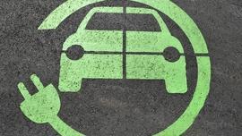 Wpływ przyłącza samochodu elektrycznego na cenę mieszkań