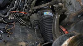 Jak Bilstein wspiera mechaników przy wymianie zawieszenia pneumatycznego?