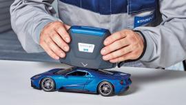 Pierwszy specjalny kolor Standox: jasnoniebieski Performance Blue