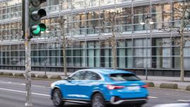 System połączenia samochodów z sygnalizacją świetlną