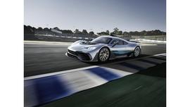 Mercedes AMG Project ONE – moc Formuły 1