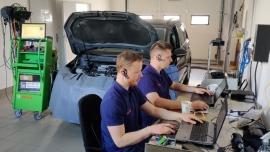Szkolenie online z aktywacji usługi Pass Thru dla poszczególnych marek pojazdów
