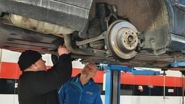 BILSTEIN kontynuuje szkolenia dla mechaników i kontrole zawieszenia samochodów
