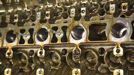 SAE, API, ACEA czy specyfikacje producenta samochodu?