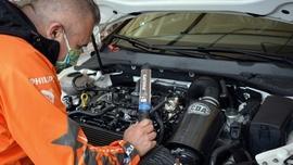 Philips doświetla pracę mechaników Gosi Rdest
