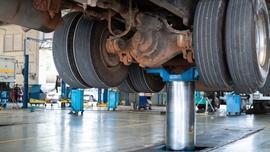 Podnośniki do samochodów ciężarowych