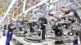 Daimler i Geely pracują nad nowym silnikiem benzynowym