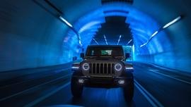 Nowy Jeep Wrangler 4xe – terenówka, która sprawdzi się w mieście